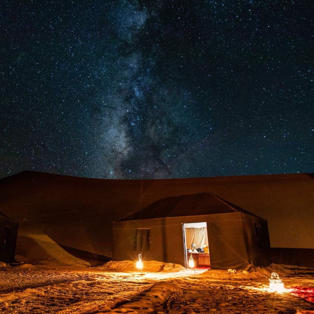 milky-way-sahara-desert-camp.jpg